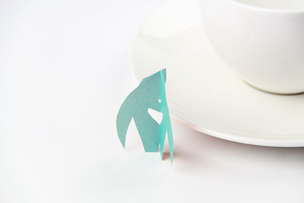 origami-flying-teabag-tag-penguin02